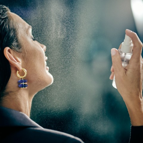 Увлажняющий спрей для лица