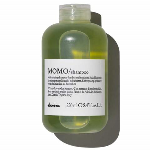 Шампунь для глубокого увлажения волос MOMO