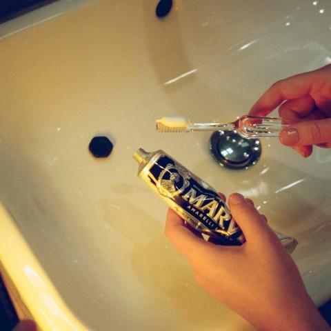 Зубная паста «Лакрица Амарелли»
